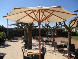 Terrasse vue parasol